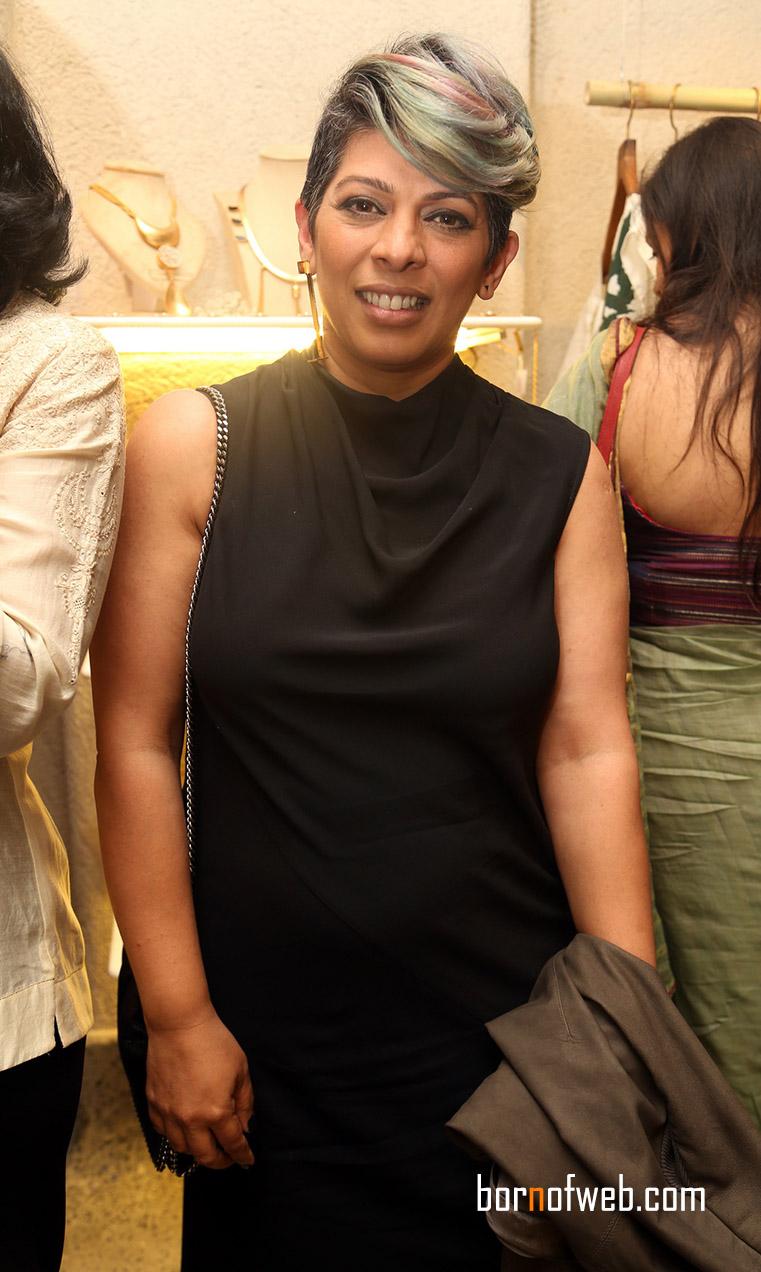 Tina Tahiliani